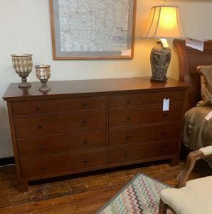 Potterybarn 8 drawer dresser
